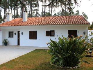 Villa con Piscina cerca de Golf y Playa