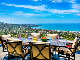 Rendezvous at the Shores - Modern Home with Amazing Views of the Pacific Ocean