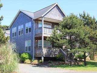 Mermaid-Ocean Vws, Easy Beach Access Just Three Mins Away, Hot Tub. Sleeps 8.