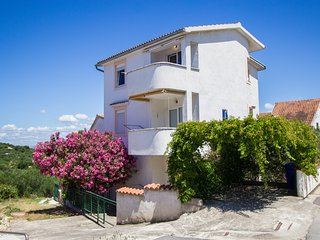 Villa Dolores - One Bedroom Apartment with Balcony