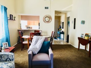 Sunny & Bright Condo in Ft. Myers.