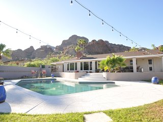 PARADISE VALLEY LUXURY 5BED/3BATH RETREAT!