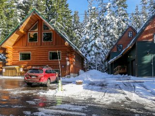 Two beautiful and spacious, dog-friendly mountain cabins with hot tub