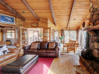 Spacious family lodge with private hot tub, fireplace, deck, and amazing views