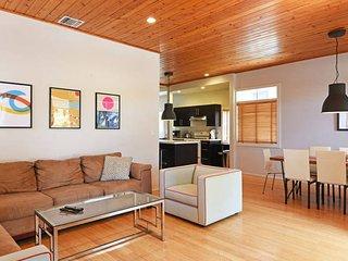 Charming 4BD Santa Monica Beach House!!!