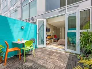 Prime Location|Central Wellington Apartment, 3 Min. to Cuba St.
