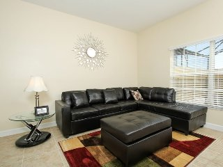 8952MP. 4 Bed 3 Bath Town Home In The Stunning Paradise Palms Resort