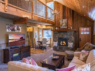Swiss Chalet - Remodeled 2 BR In Tahoe Donner with Amazing Outdoor Space!