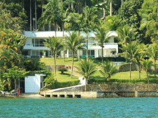 ANG019- Grand Villa in Angra