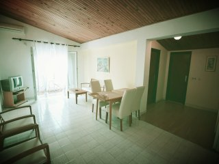 The House Movo Apartment Olea