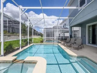 Brand New - ChampionsGate - 6BR/5BA Pool/Spa House