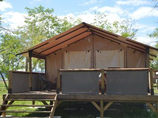Lodge Safari Victoria 30 m2 sans sanitaire