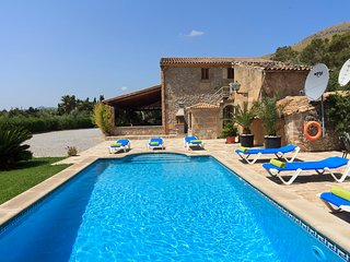 Villa Mossa for 6 guests, only 2km to Mallorca beaches!