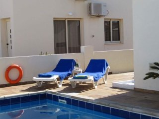 Gr8padz Villa Fàilte sleeps 6 3 bedroom private pool Pernera sea views