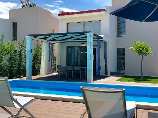 New Villas Flegra, Anemone & Iris with 3 BD and Private Pool