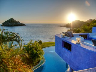 Casa Azul, the best 4 to 5 Bedrooms Villa in Careyes