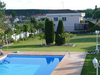 VILLAMERCEDES II -casa turistica-