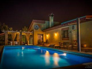 Appartement met privédomein en zwembad