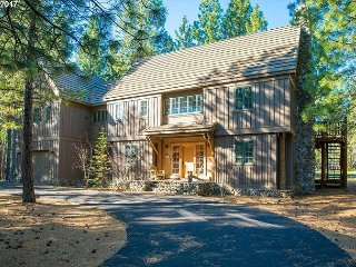 GM#349  Spacious, Stunning Lodge Inspired Home, Views of GM#14 Fairway