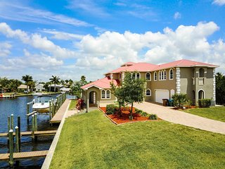 SWFL Rentals - Villa Maddalena - Exquisite Home with Breathtaking Views