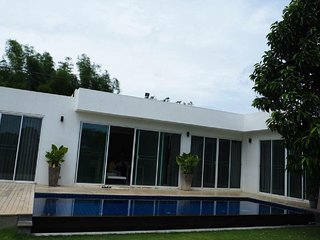 The Cool Hideaway, Private Residence