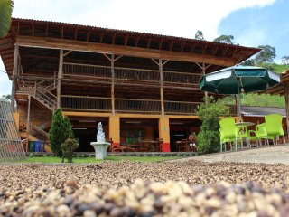 Agua, café,campo y sensaciones en el Hotel Campestre la Playa