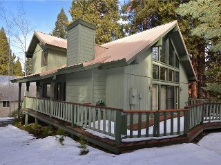 Secluded, dog-friendly cabin w/ deck and outdoor seating!