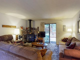 Cozy cabin w/ two decks - walk to a nearby pond, drive 3 miles to Shaver Lake!