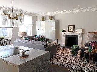 Luxury In London Two Bedroom - ID# 363