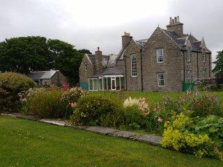 Blingery House
