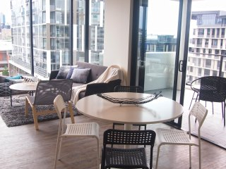 South Brisbane - Best value City Living | City View Luxury 2 Bed 2 Bath APT