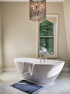 You'll love relaxing in this spa-like bathroom at the end of a long day!