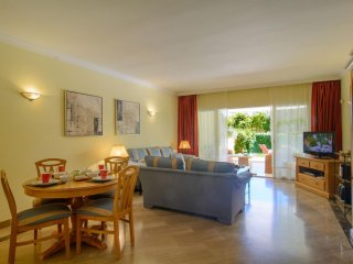 Spacious Hacienda Playa beachfront apartment in Centro Marbella with WiFi, air c