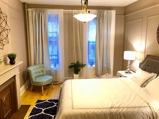 PRIME NYC 2 BEDROOM (b.n) Upper East Side APT. 4 RENT!