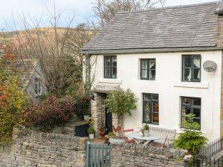 GRANGE COTTAGE, pet-friendly, beautiful cottage, character, woodburner, WiFi, pa