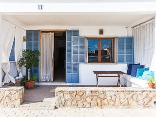 CASA MARINA 812/2015 Charming house only a few steps from the sea
