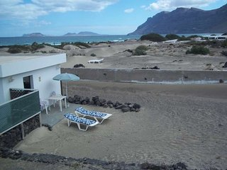 BUNGALOW ONZIBIZ IN FAMARA FOR 2P