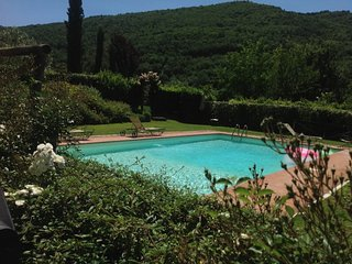 Scenic Chianti House with Pool