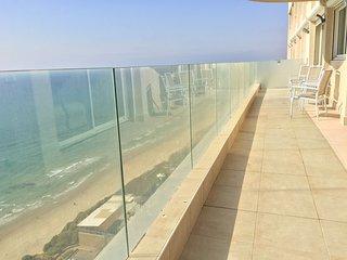 Apartments on Sderot Nitsa in Netanya