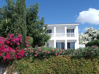 Luxury villa in the heart of Peyia village with stunning views - near Coral Bay.