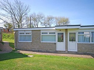 Chalet 184 at Sandown Bay Holiday Centre, sleeps 4-6 people