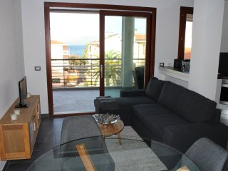 'Gente di Mare' New beautiful Apartment with best position and sea view
