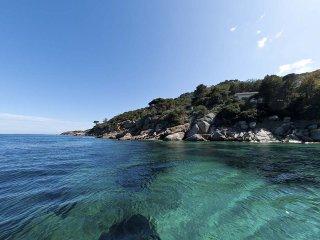 Villa Calypso, Giglio beaches
