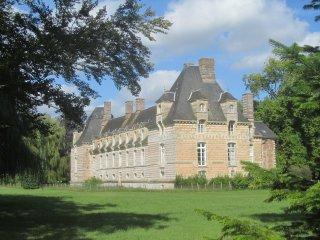 Chateau-lieu historique, de caractere-Hebergement de groupe en pension complete.