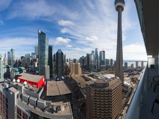 LUXURIOUS DOWNTOWN CONDO Toronto 2 Bedroom / 2 Bathroom