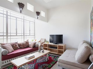 Ha-Gil'ad St 2 - 3 rooms - 2 bedrooms - quiet area