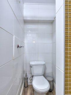 toilet bathroom 4