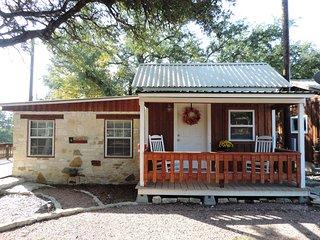 Stagecoach Inn - Teeny Tiny Texas House
