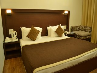 Hari's Court Inns & Hotels - Gurgaon
