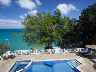 WATERFRONT LUXURY! CHEF! POOL! BE SPOILED!Kai Kala, Ocho Rios 5BR